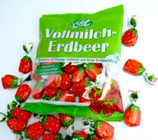 Whole milk & strawberry <br />filled candies from Edel with new retail bag